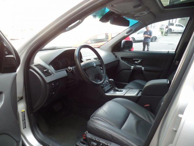 Volvo XC90 AWD 4.4 V8 - Foto #2