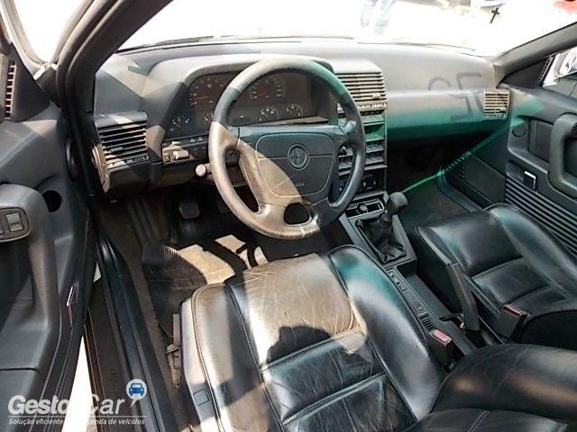 Alfa Romeo 164 3.0 V6 12V - Foto #2