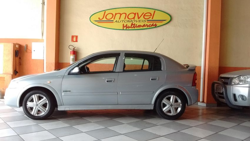 Chevrolet Astra   Advantage 2.0 MPFi 8V Flexpower 5p - Foto #2