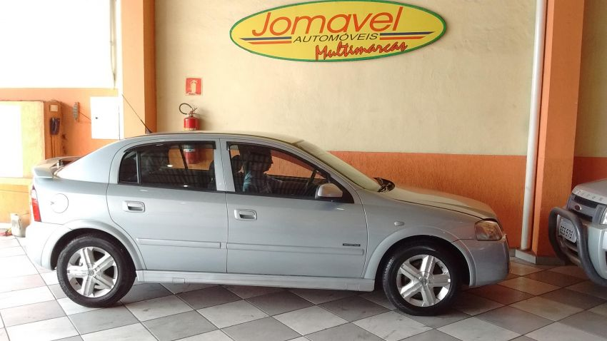 Chevrolet Astra   Advantage 2.0 MPFi 8V Flexpower 5p - Foto #4