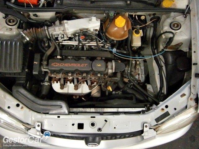 Chevrolet Corsa Sedan 1.0 8V - Foto #5