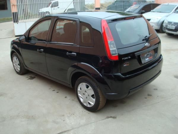 Ford Fiesta   1.0 8V Flex 5p - Foto #4