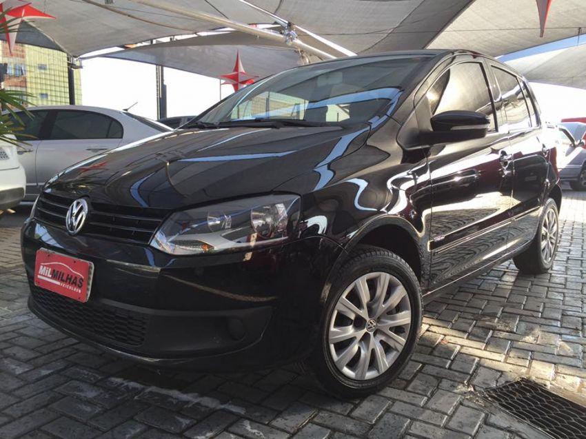 Volkswagen Fox   1.0 Mi Total Flex 8V 5p - Foto #1