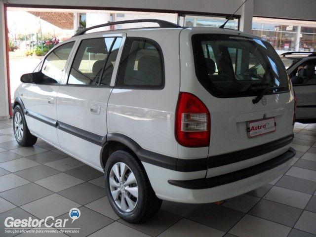 Chevrolet Zafira 2.0 16V - Foto #3