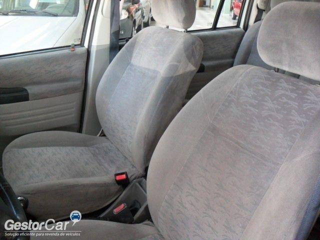 Chevrolet Zafira 2.0 16V - Foto #6