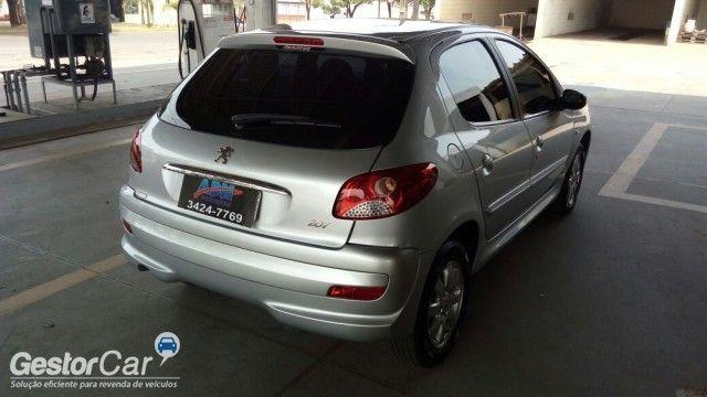 Peugeot 207 Hatch XR Sport 1.4 8V (flex) - Foto #2