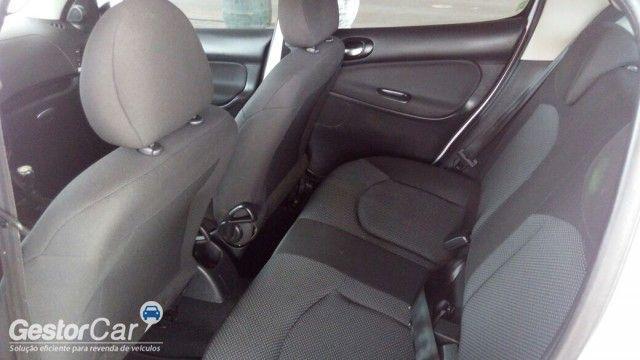 Peugeot 207 Hatch XR Sport 1.4 8V (flex) - Foto #6