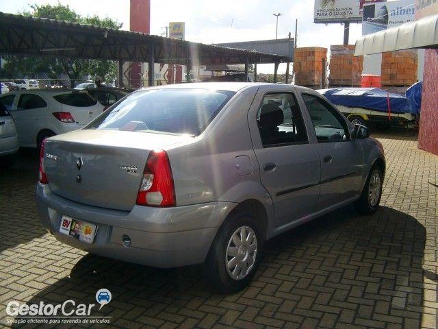 Renault Logan Expression 1.0 16V (flex) - Foto #7