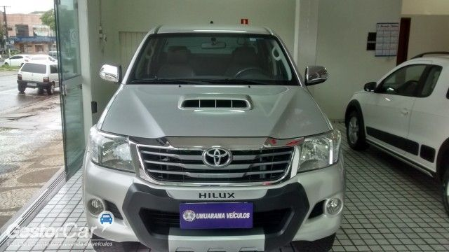 Toyota Hilux 3.0 TDI 4x4 CD SRV Auto - Foto #2