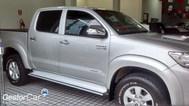 Toyota Hilux 3.0 TDI 4x4 CD SRV Auto - Foto #9