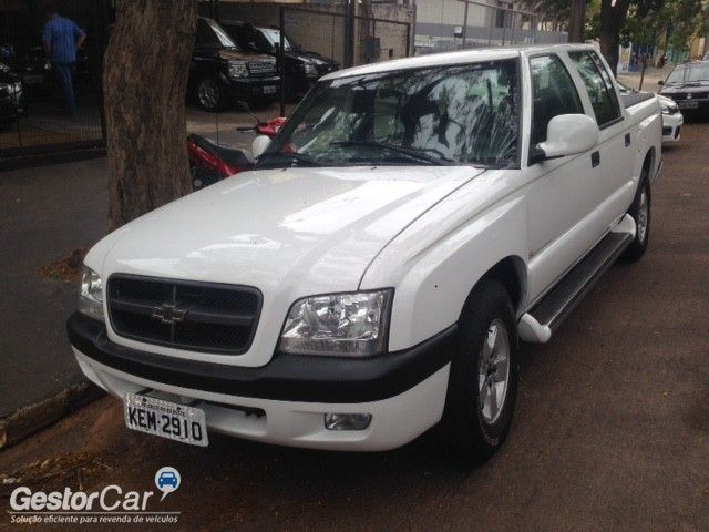 Chevrolet S10 Luxe 4x2 2.8 (Cab Dupla) - Foto #2