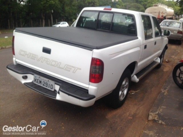 Chevrolet S10 Luxe 4x2 2.8 (Cab Dupla) - Foto #3