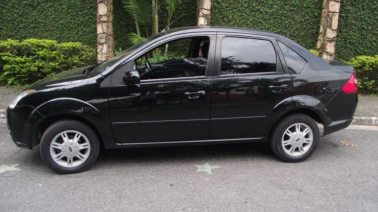Resultado de imagem para Fiesta Sedan