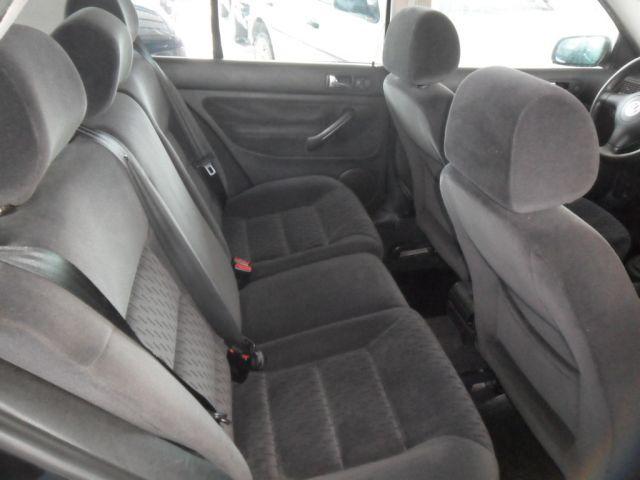 Volkswagen Golf Comfortline 2.0 Mi 8V - Foto #7