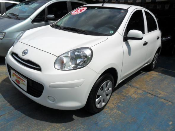 Nissan  - Foto #2