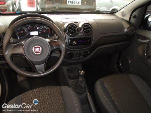 Fiat Palio Essence 1.6 16V (Flex) - Foto #9