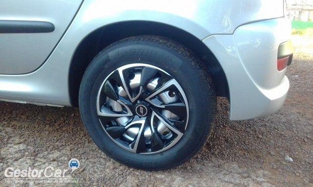 Peugeot 207 Hatch X-Line 1.4 8V (flex) (4 p.) - Foto #6