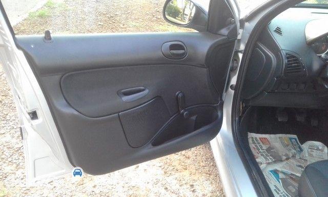 Peugeot 207 Hatch X-Line 1.4 8V (flex) (4 p.) - Foto #10