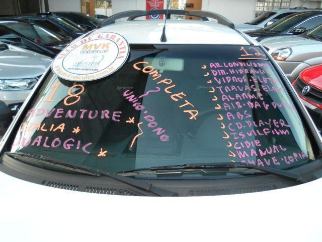 Fiat Palio Weekend Adventure Dualogic 1.8 16V (Flex) - Foto #2