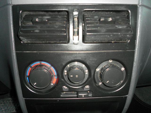 Fiat Palio Weekend Adventure Dualogic 1.8 16V (Flex) - Foto #8