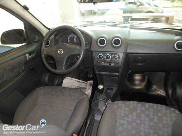 Chevrolet Prisma Joy 1.0 (Flex) - Foto #3