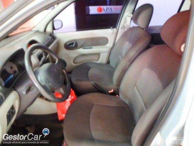 Renault Clio Hatch. Privilége 1.0 16V - Foto #10