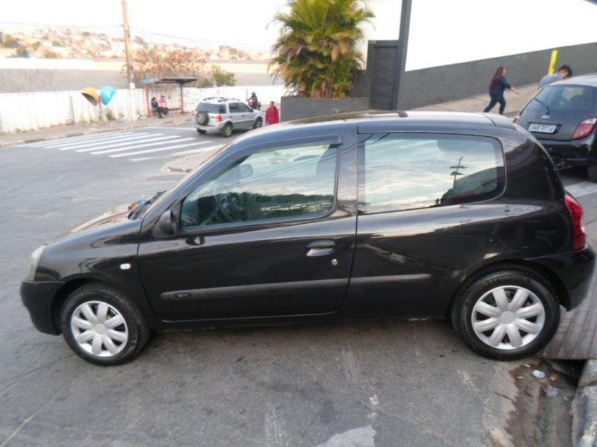 Renault Clio 1.0 Authentique 16v - Foto #1