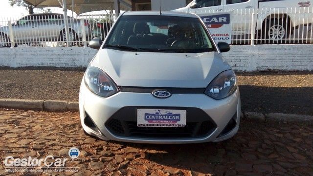 Ford Fiesta Hatch SE 1.0 RoCam (Flex) - Foto #2