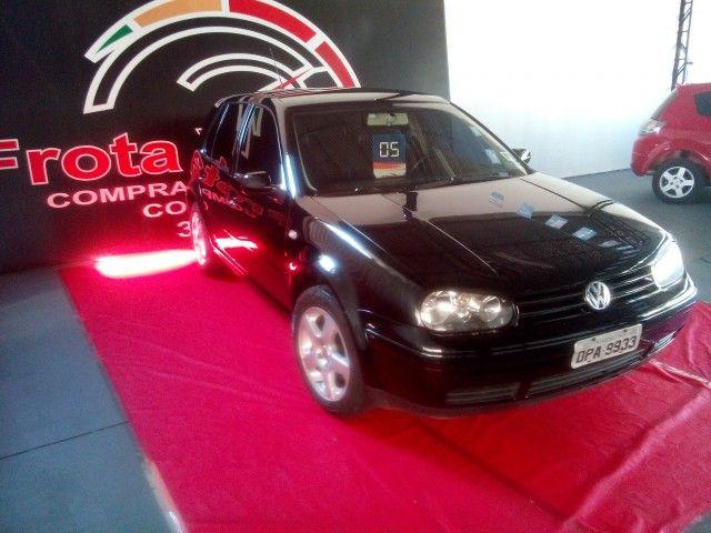 Volkswagen Golf Comfortline 2.0 - Foto #1
