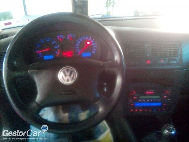 Volkswagen Golf Comfortline 2.0 - Foto #6