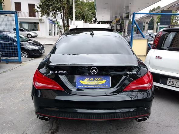 Mercedes-Benz 250 - Foto #5