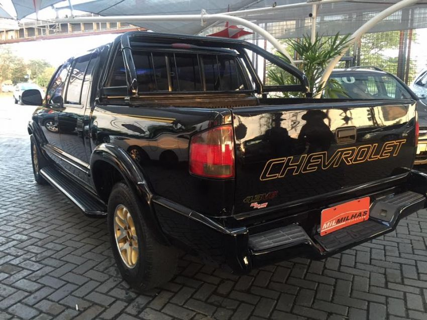 Chevrolet S10   Pick-up Executive CD 4.3 - Foto #2
