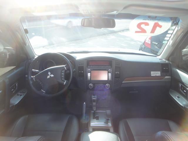 Mitsubishi Pajero   Hpe Full 3.2 4x4 T.i.dies.3p Aut - Foto #2
