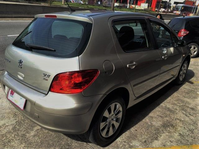 Peugeot 307 Presence 1.6 16V - Foto #8