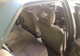 Chevrolet Monza Sedan HiTeChassi 2.0 EFi