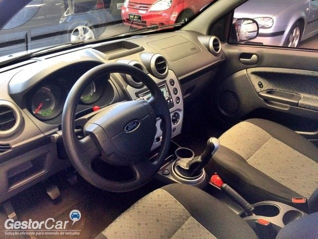 Ford Fiesta Hatch Rocam 1.6 (Flex) - Foto #7