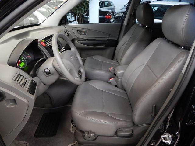 Hyundai Tucson GLS 4X2 2WD 2.0 Mpfi 16V - Foto #8