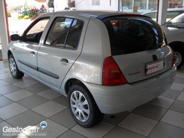 Renault Clio Hatch. RN 1.6 16V - Foto #3