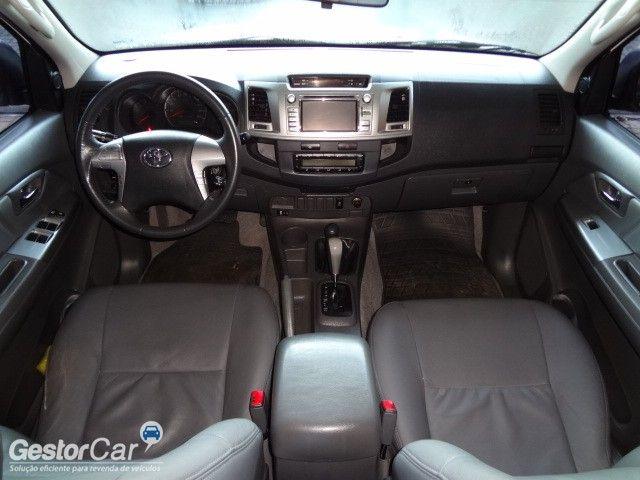Toyota Hilux 3.0 TDI 4x4 CD SRV Top Auto - Foto #8