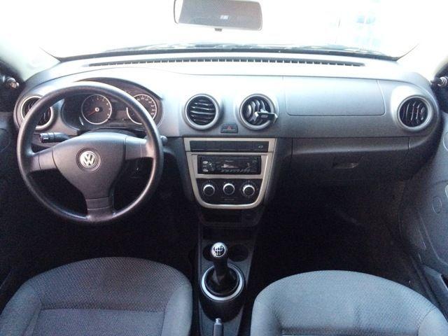 Volkswagen Voyage 1.0 Mi 8V Total Flex - Foto #3