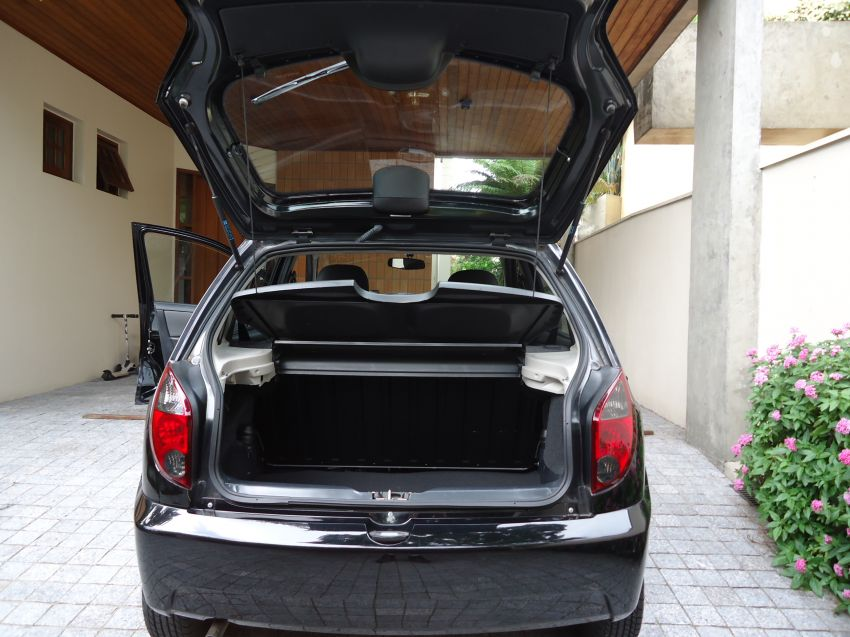 Chevrolet Celta 1.0 LT (Flex) - Foto #9