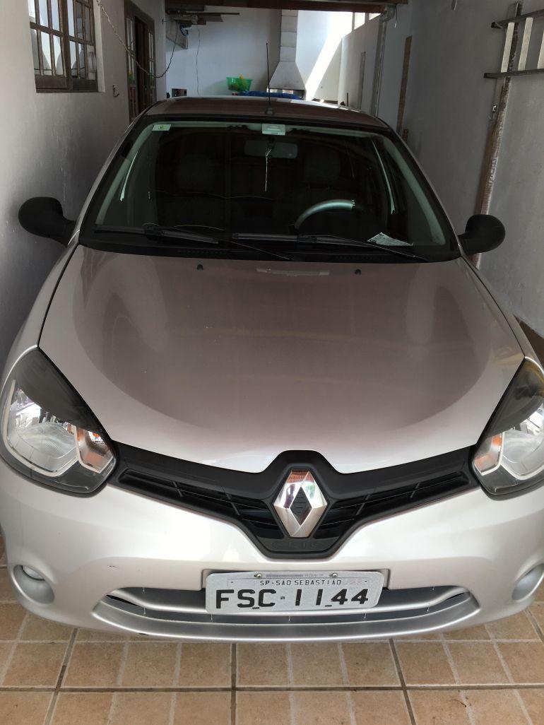 Renault Clio Expression 1.0 16V (Flex) - Foto #6