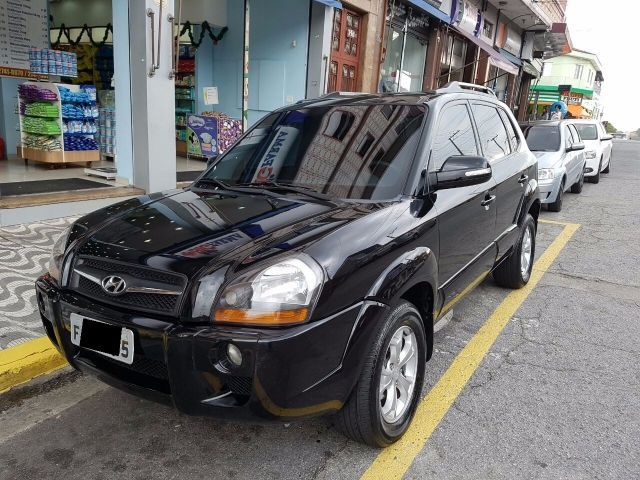 Hyundai Tucson GLS 4x4 4WD 2.7 Mpfi 24V - Foto #1