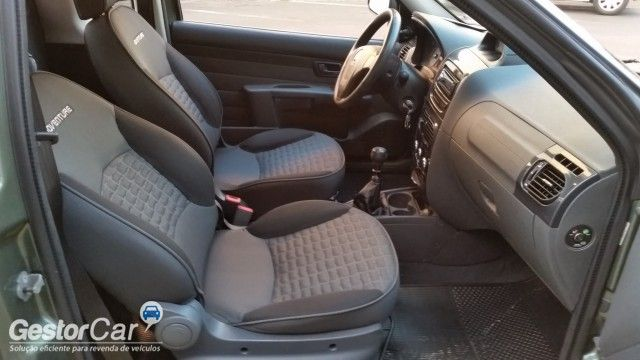 Fiat Strada Adventure 1.8 16V (Flex)(Cab Estendida) - Foto #7