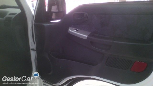 KIA Bongo K-2700 RS 4x2 (cab. simples) - Foto #4
