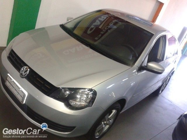 Volkswagen Polo Sedan 1.6 8V (Flex) - Foto #3