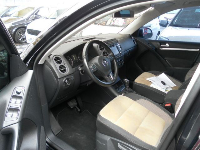 Volkswagen Tiguan TSI Tiptronic 2.0 16V Turbo - Foto #5