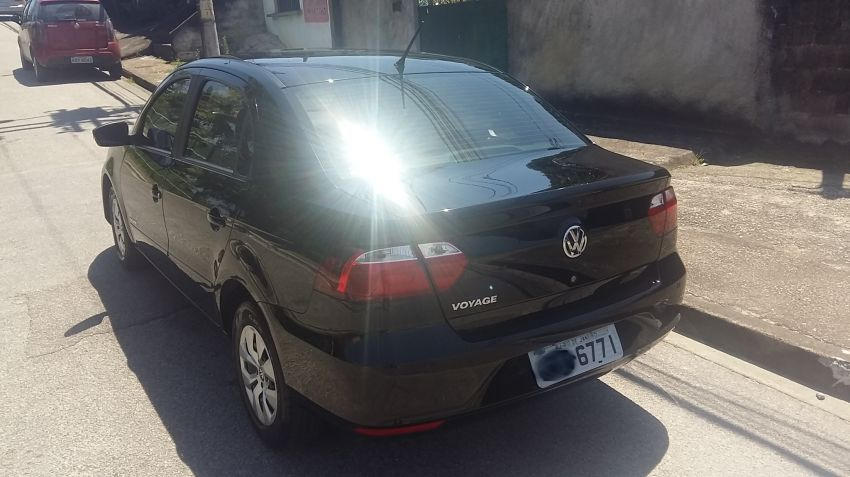 Volkswagen Voyage 1.0 TEC Comfortline (Flex) - Foto #1