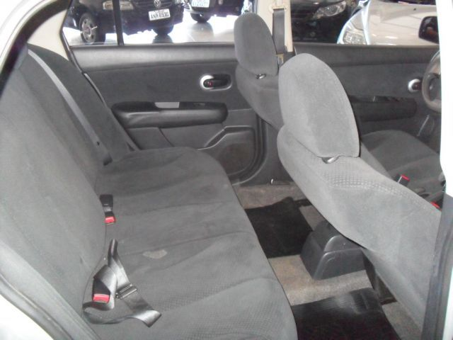 Nissan Tiida Sedan 1.8 16V (Flex) - Foto #7