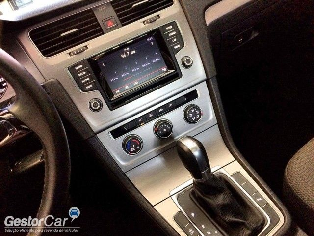 Volkswagen Golf Comfortline DSG 1.4 TSi - Foto #9